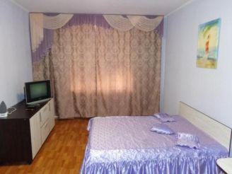Подобово Центр 5 квартир на одному поверсі Небесної Сотні 35