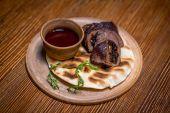 Познакомиться с кухней средних веков можно во Львове