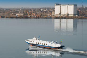 Скоростные катера снова к услугам туристов