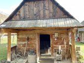 Столітня закарпатська кузня запрацювала в Ужгороді