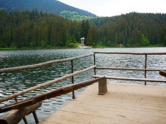 Два дня туристы не смогут попасть на озеро Синевир