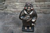 Черновцы заполонят скульптуры местных горожан