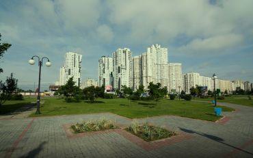 Парк «Позняки», Київ