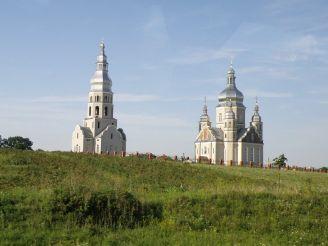 Церква Володимира Великого (Зубра)