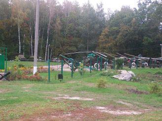 Музей зброї та військової техніки у Спадщанському лісі