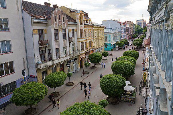 З балконів Івано-Франківська звучатиме музика
